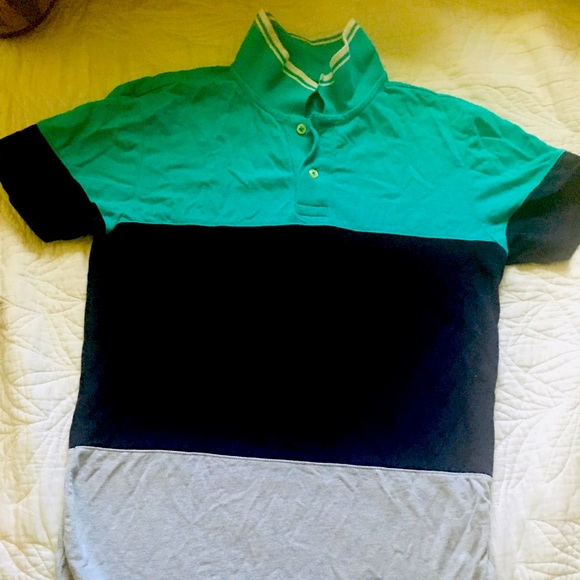 This T shirt is a brand new without tag.Ameregale